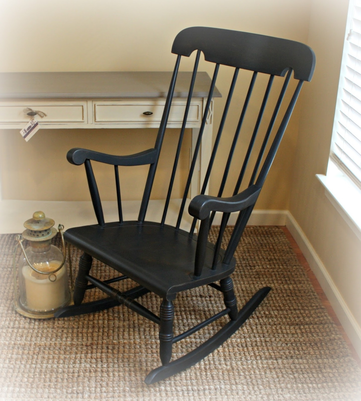 Vintage Rocking Chair With Damaged Finish Gets A New Look Throughout Trendy Retro Rocking Chairs (View 17 of 20)