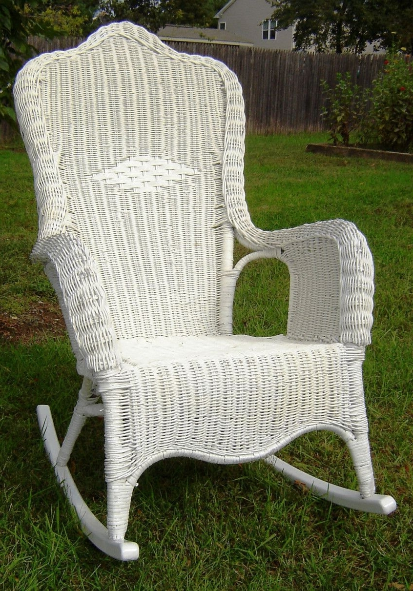 Vintage Wicker Rocking Chair – Furniture For Home Office Check More Throughout Well Liked Vintage Wicker Rocking Chairs (View 12 of 20)