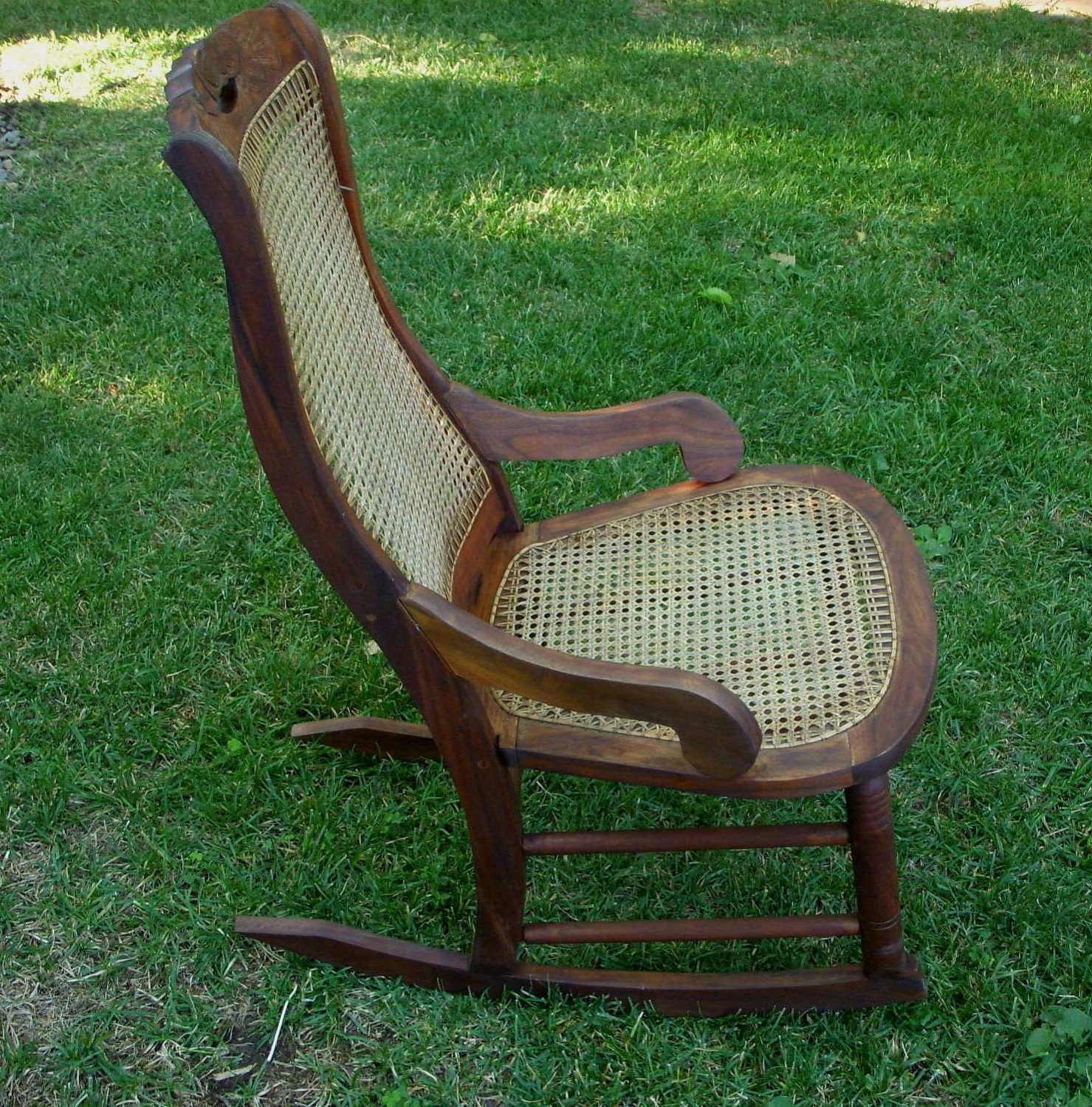 Vintage Wicker Rocking Chairs Intended For Most Recent 20 New Antique Wicker Rocking Chair (Gallery 20 of 20)