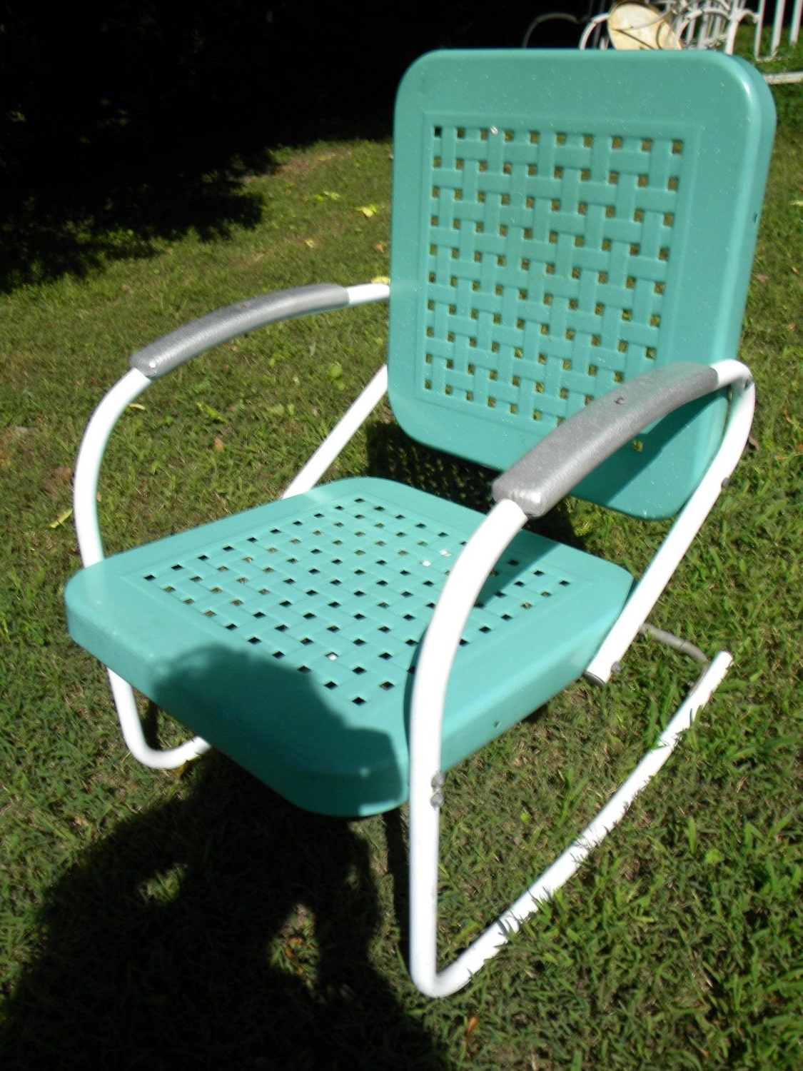 Vtg 50S 60S Retro Outdoor Metal Lawn Patio Porch Rocking Chair With Trendy Vintage Outdoor Rocking Chairs (View 17 of 20)