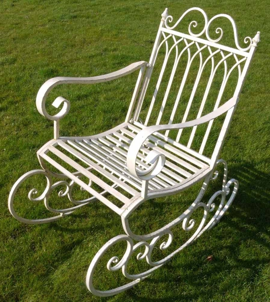 Well Known Rocking Chairs For Garden Within Garden Rocking Chair (View 19 of 20)