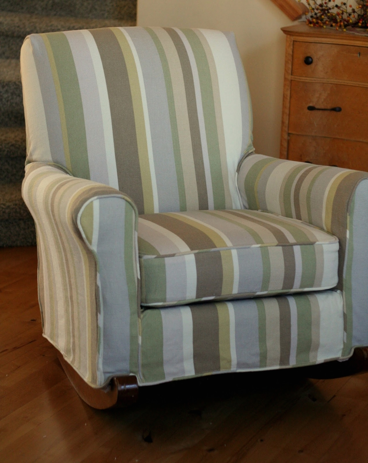 Well Known Table & Chair: Upholstered Rocking Chair Covers • Chair Covers Throughout Upholstered Rocking Chairs (View 7 of 20)