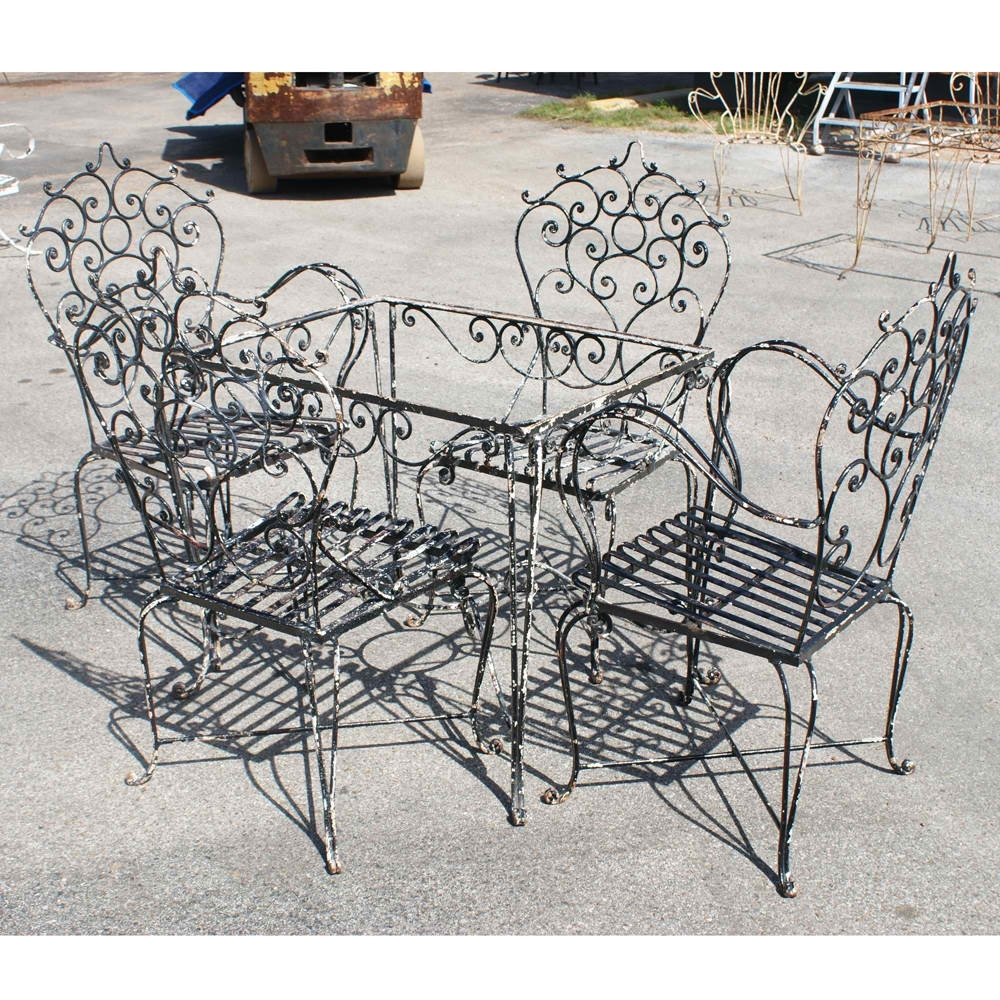 Well Liked Popular Vintage Wrought Iron Patio Furniture (View 14 of 20)