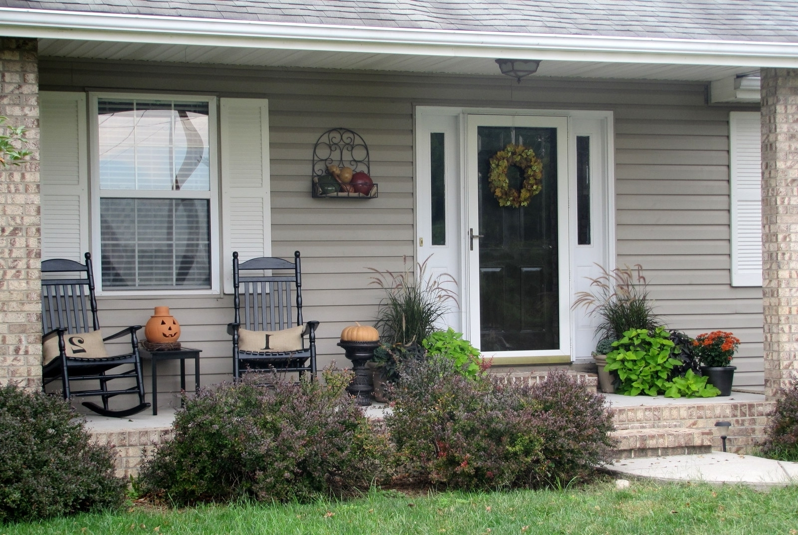 Well Liked Rocking Chairs For Front Porch With Rocking Chairs For Front Porch (View 18 of 20)