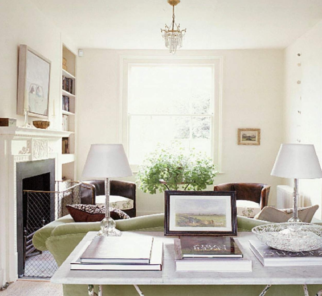 Featured Photo of White Living Room Table Lamps