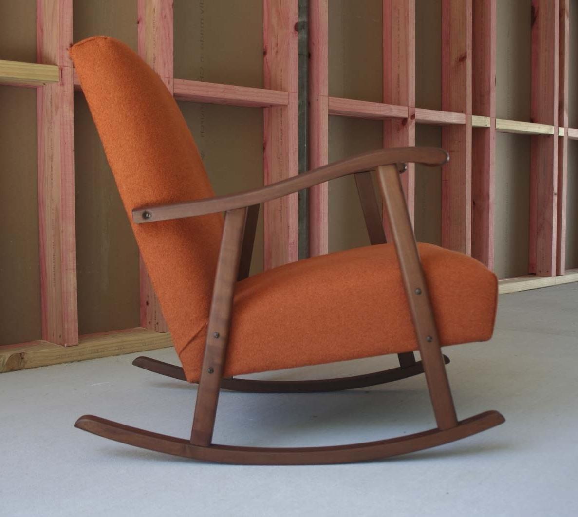 Zelfaanhetwerk Inside Trendy Retro Rocking Chairs (View 20 of 20)