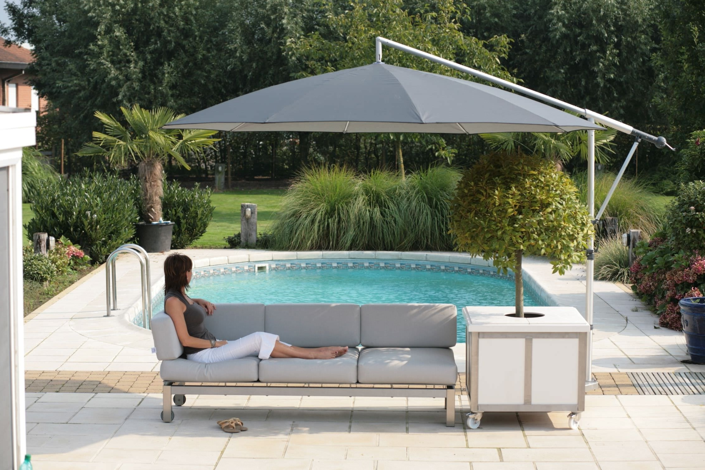 Best And Newest Offset Patio Umbrella Base Weights : Offset Patio Umbrella And A With Offset Patio Umbrellas With Base (View 3 of 20)