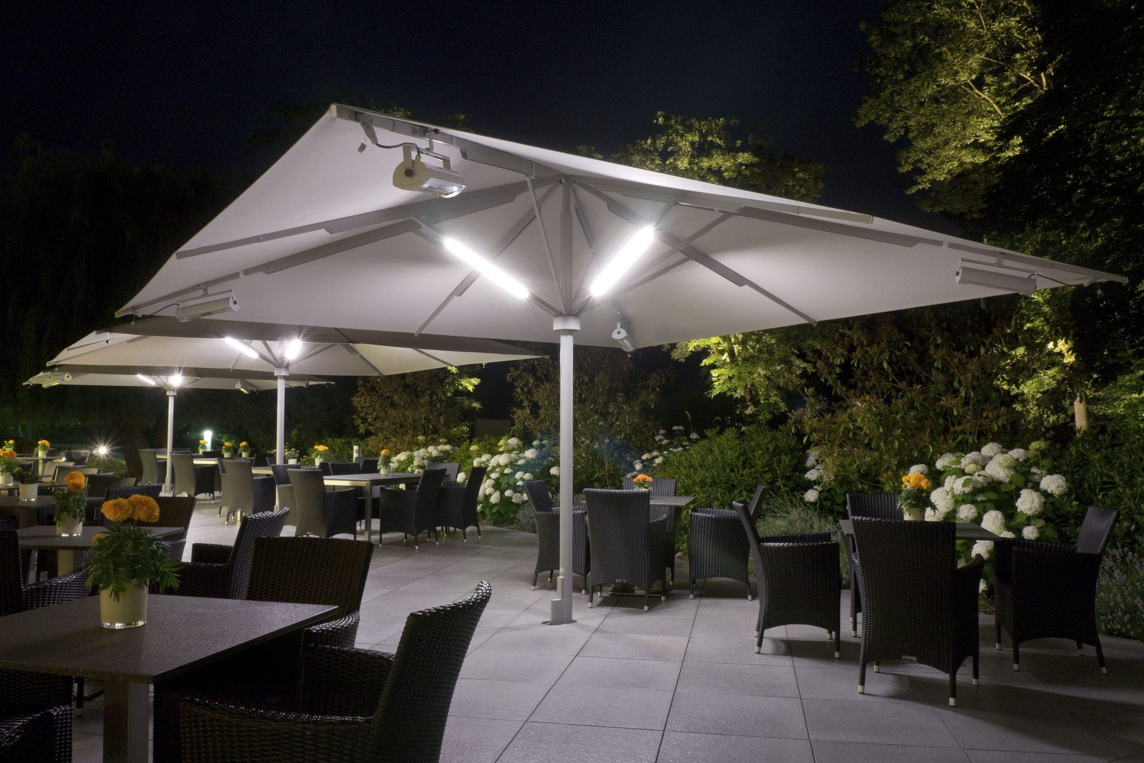 Best Patio Umbrella With Solar Lights And Speakers F71X About Throughout Latest Solar Lights For Patio Umbrellas (View 3 of 20)