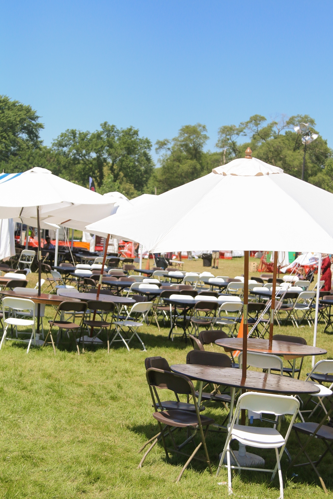 Big Tent Events Inside Patio Umbrellas For Rent (View 14 of 20)