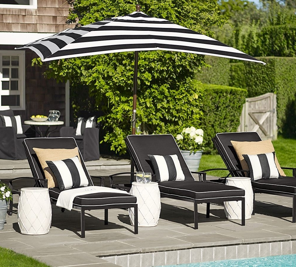 Black And White Striped Patio Umbrellas With Regard To Newest Pool Black And White Striped Outdoor Umbrella — The Mebrureoral (View 5 of 20)