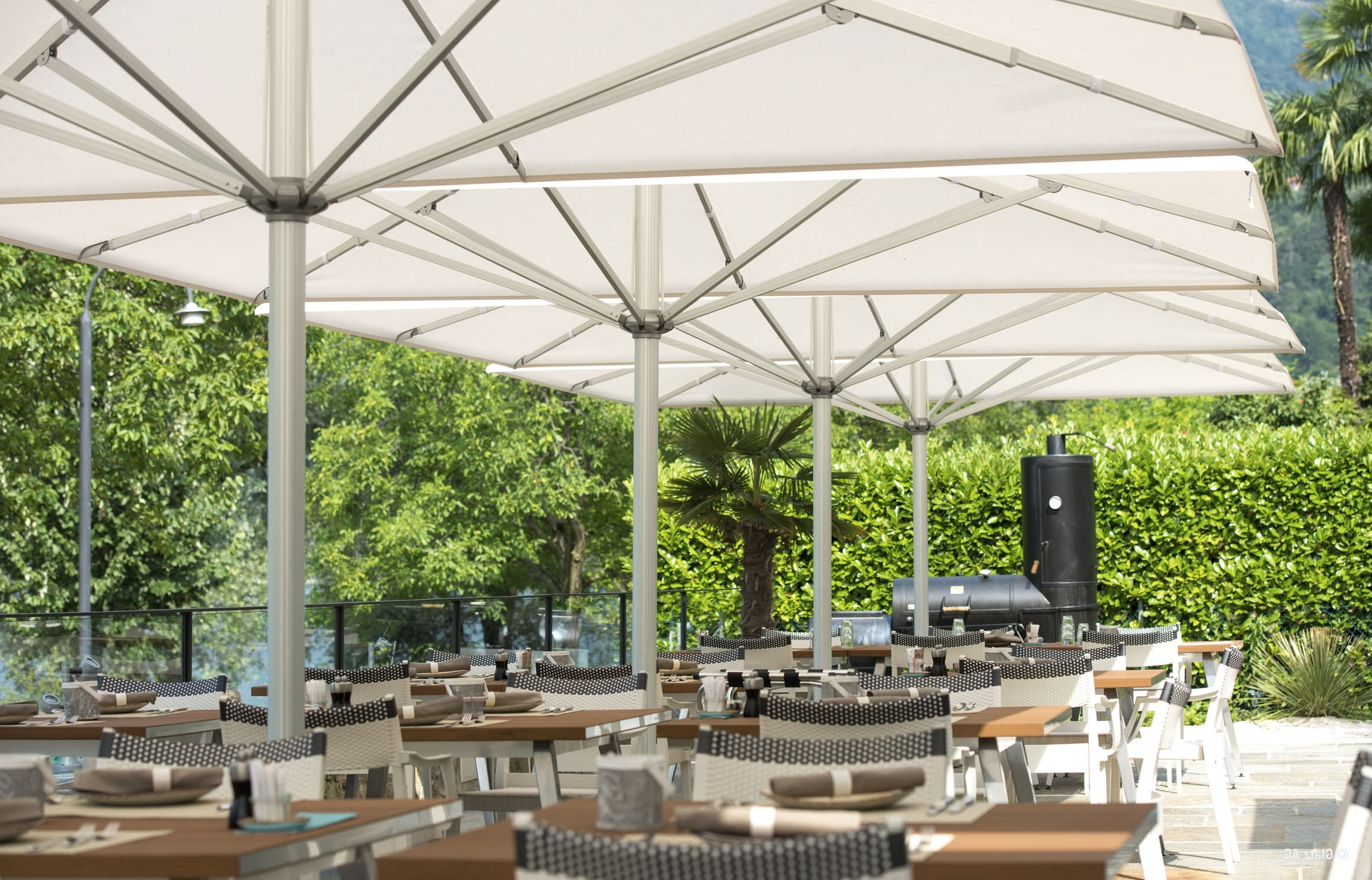 Featured Photo of Commercial Patio Umbrellas