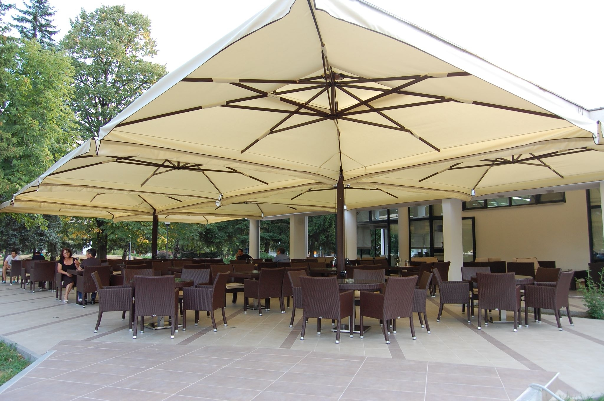 Commercial Patio Umbrellas For Restaurants, Resorts & Events With Regard To Preferred European Patio Umbrellas (View 2 of 20)