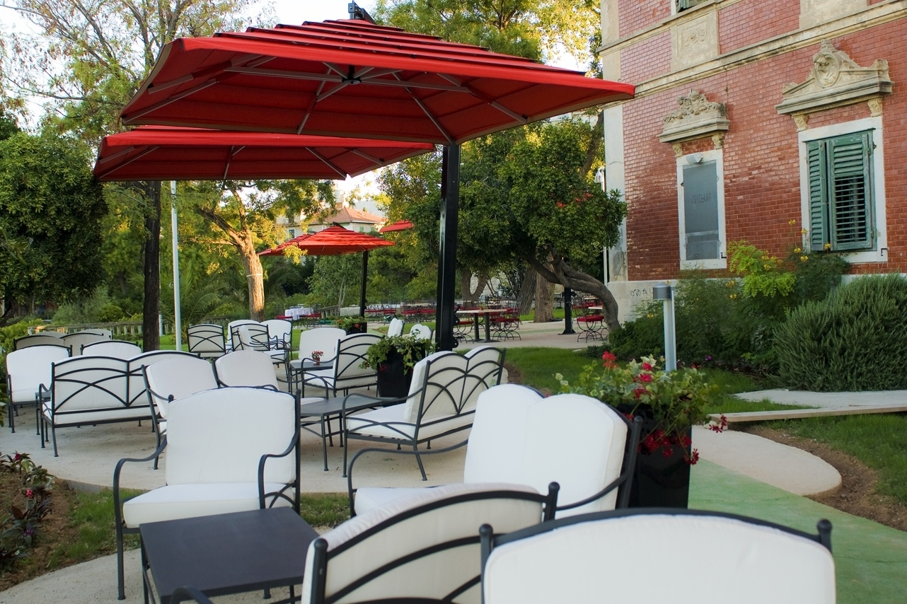 Famous Offset Patio Umbrellas — Wilson Home Ideas : Outdoor Offset In Most Up To Date Offset Patio Umbrellas (View 8 of 20)