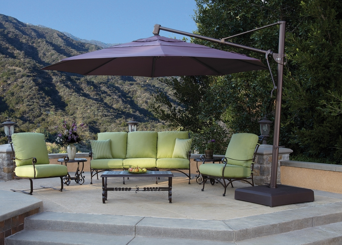 Fashionable Large Patio Umbrellas With Stylish Large Patio Umbrellas — Wilson Home Ideas (View 15 of 20)