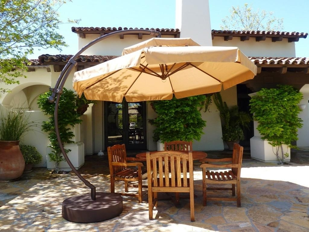 Favorite Best Cantilever Patio Umbrellas With Pictures (View 19 of 20)