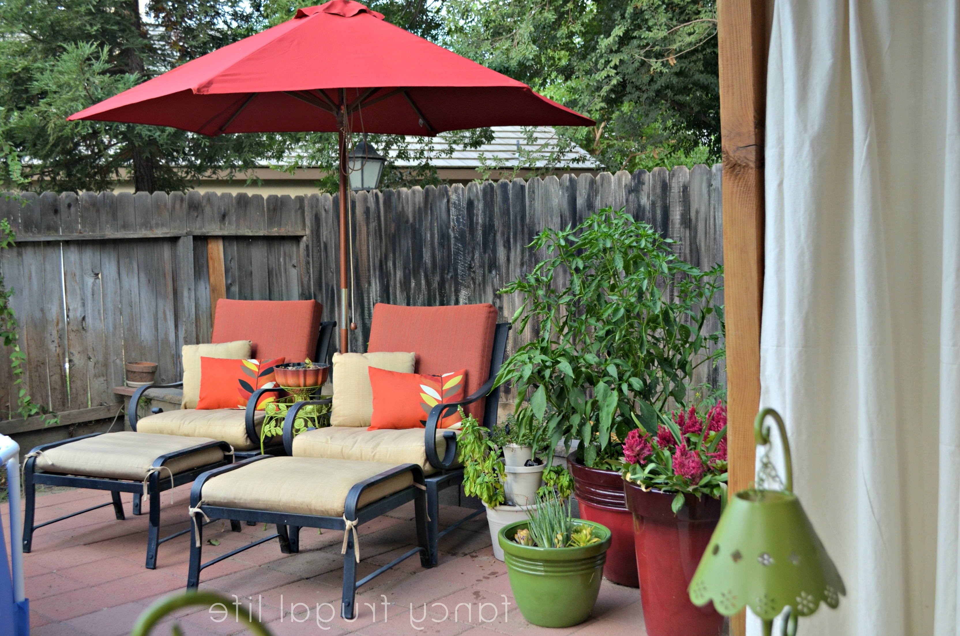 Latest Small Patio Tables With Umbrellas With Regard To Garden: Enchanting Outdoor Patio Decor Ideas With Patio Umbrellas (View 9 of 20)