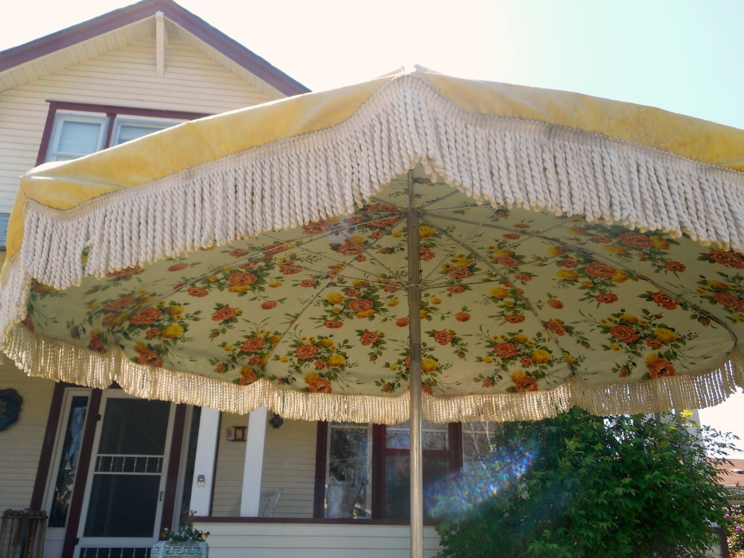 Most Current 54 Vintage Patio Umbrella, Shop Escada Designs Antique Beige Market For Vintage Patio Umbrellas For Sale (View 5 of 20)