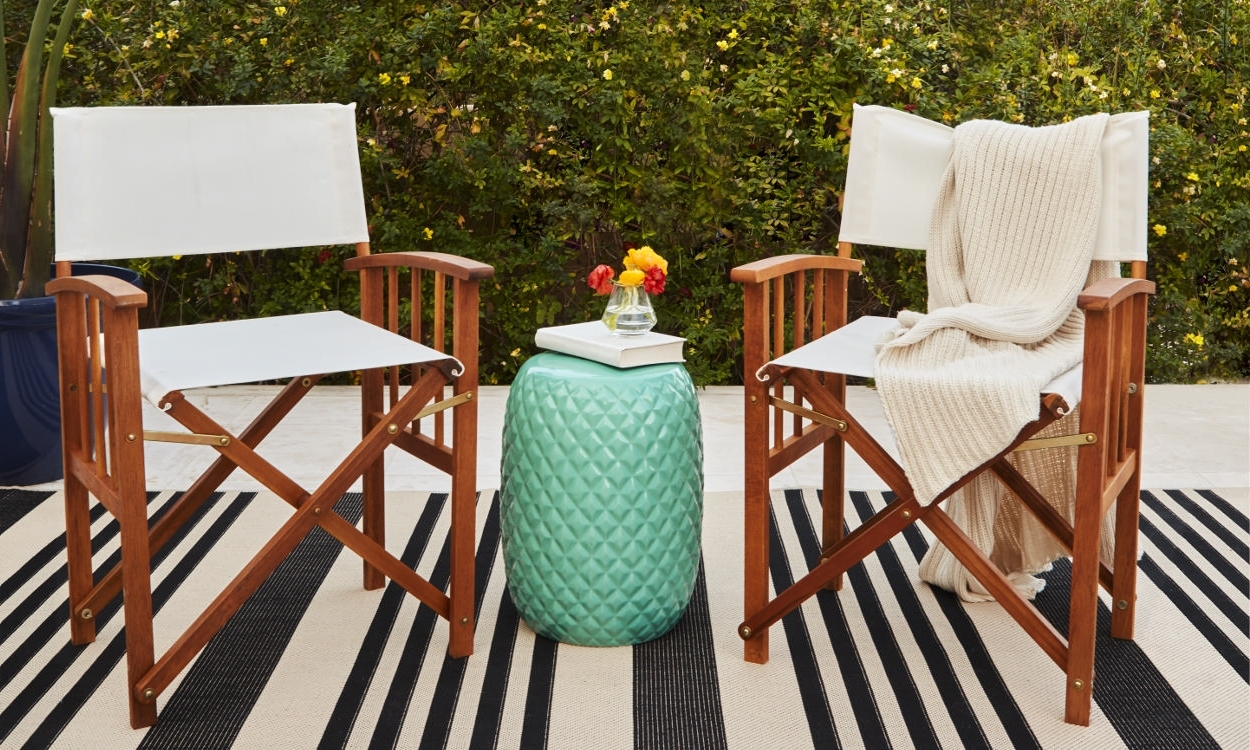 Most Current How To Choose Patio Furniture For Small Spaces – Overstock Regarding Patio Umbrellas For Small Spaces (View 10 of 20)