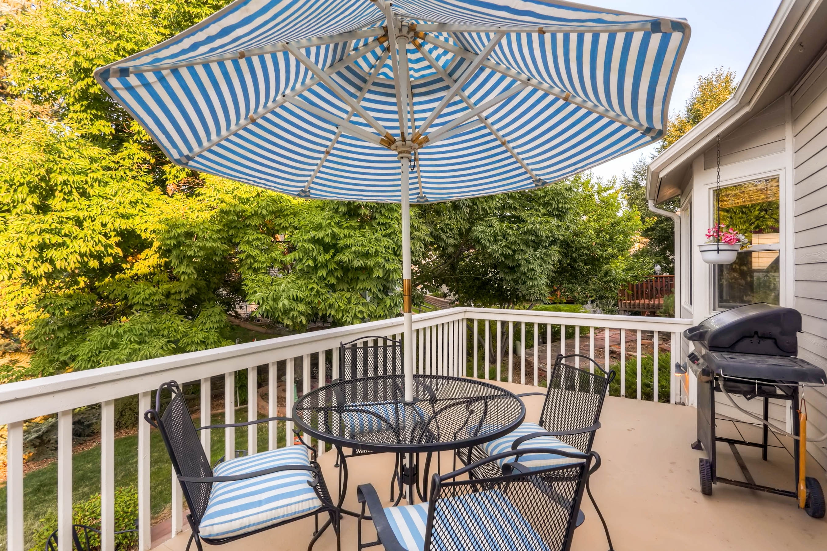 Most Up To Date Jewel Patio Umbrellas Inside 5526 Jewel Creek Ct – Ray Real Estate Teamray Real Estate Team (View 14 of 20)