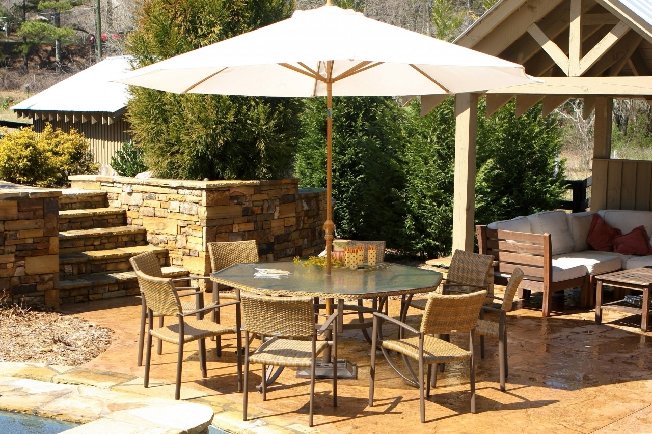 Patio: Awesome Umbrella Patio Set Frontgate Outdoor Furniture With Regard To Latest Patio Dining Sets With Umbrellas (View 16 of 20)