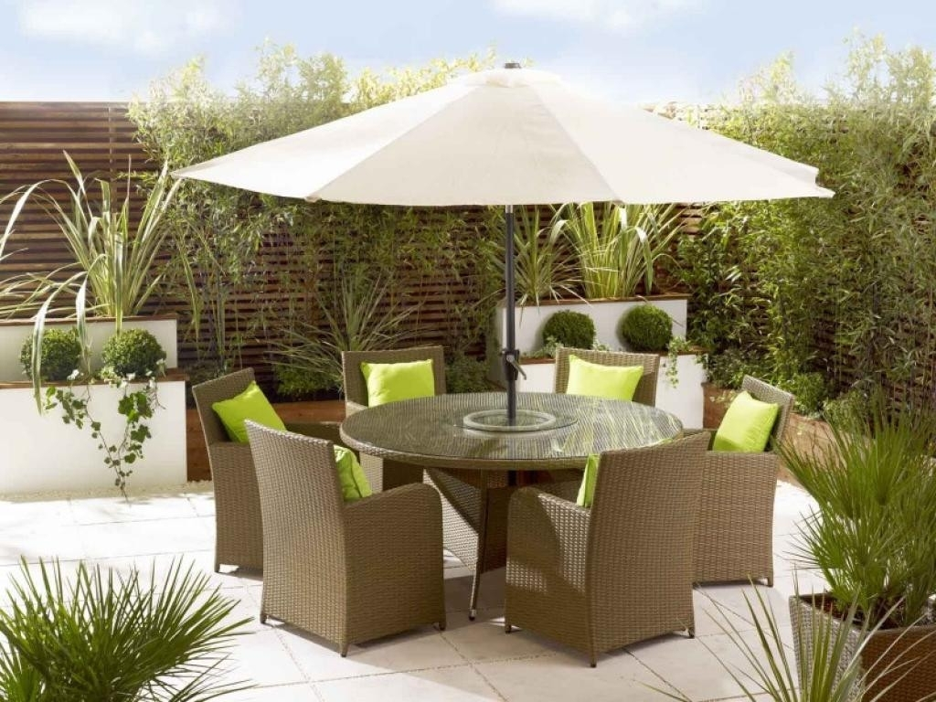 Patio Furniture With Umbrella The Most Amazing Small Set For Within Trendy Patio Furniture With Umbrellas (View 13 of 20)