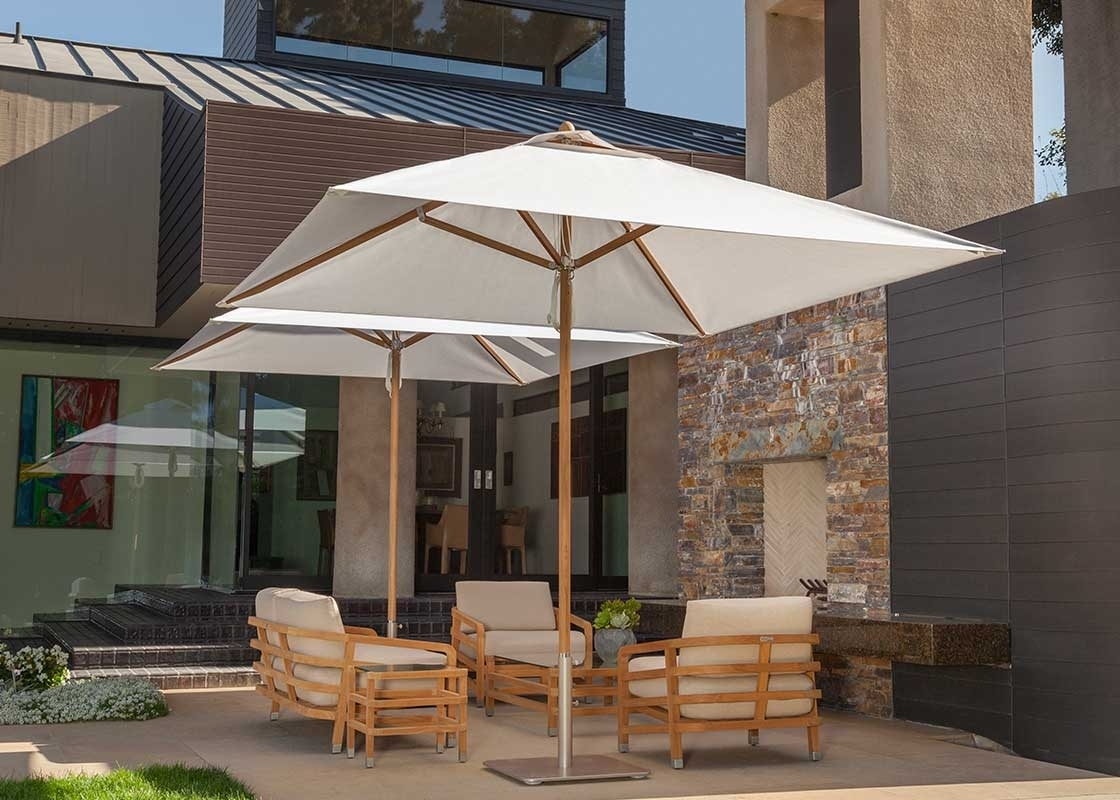 Patio Umbrellas At Costco With Latest Furniture: Costco Cantilever Umbrella For Most Dramatic Shade (View 17 of 20)
