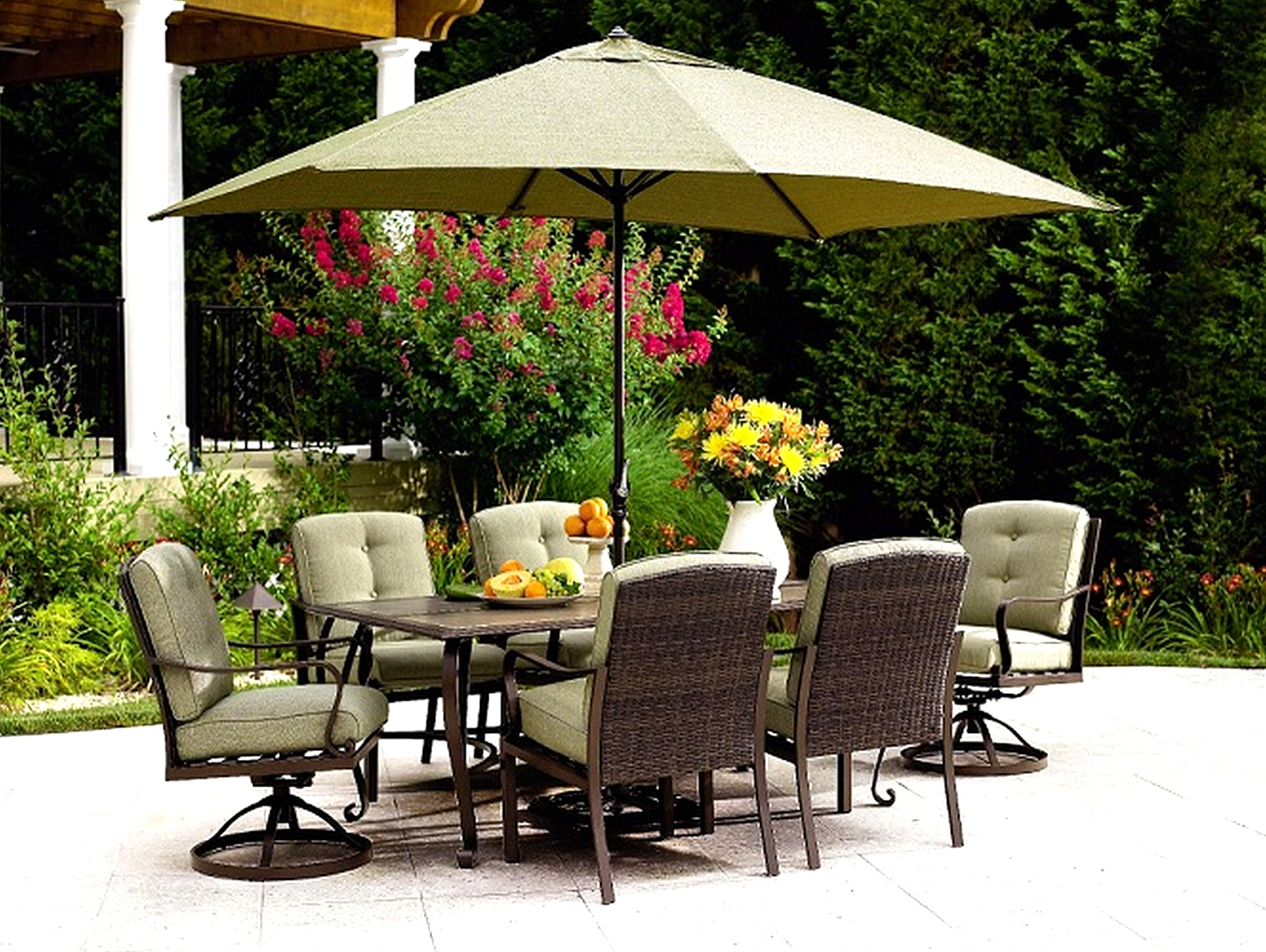 Patio Umbrellas For Bar Height Tables With Regard To Trendy 25 Awesome Patio Umbrella For Bar Height Table (View 7 of 20)
