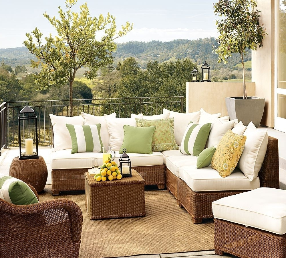 Patio Umbrellas For Small Spaces Intended For Latest Small Patio Furniture Ideas : Life On The Move – Amazing Patio (View 12 of 20)