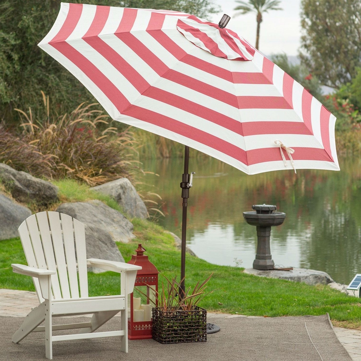 Patio Umbrellas With White Pole In Recent  (View 12 of 20)