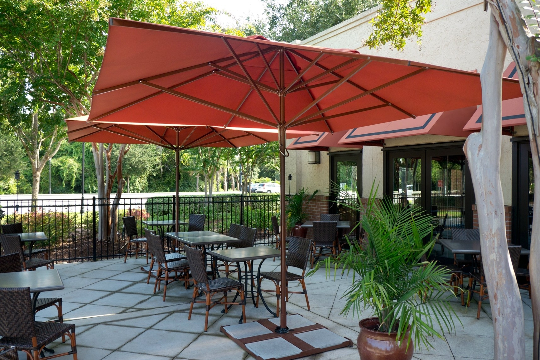 Patio Umbrellas With White Pole With Regard To Well Known Patio Red Umbrellas Umbrella With White Pole Offset Within Newest (View 18 of 20)