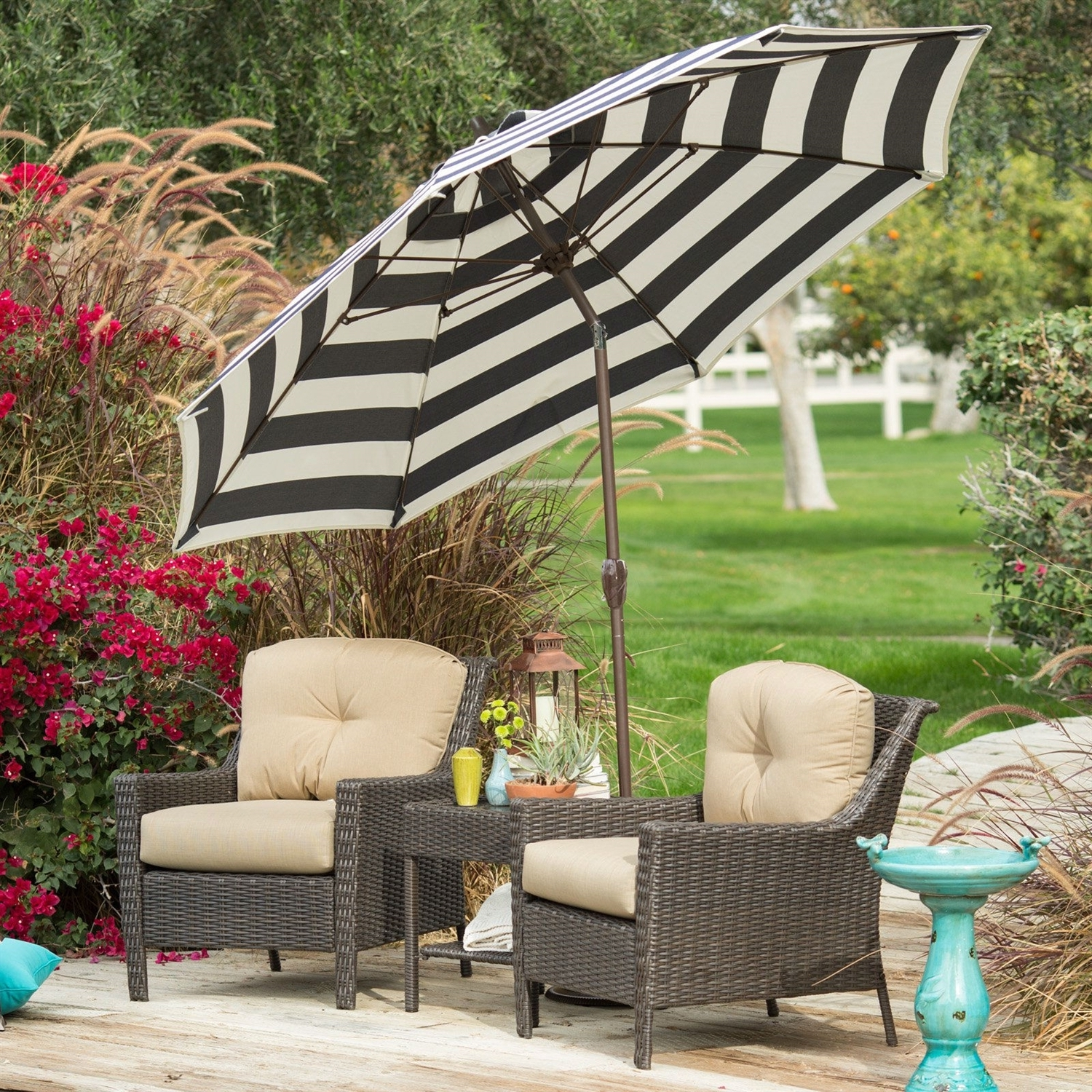 Preferred Black Patio Umbrellas Inside Stylish 9 Ft Market Patio Umbrella With Crank And Tilt In Dark Navy (View 10 of 20)