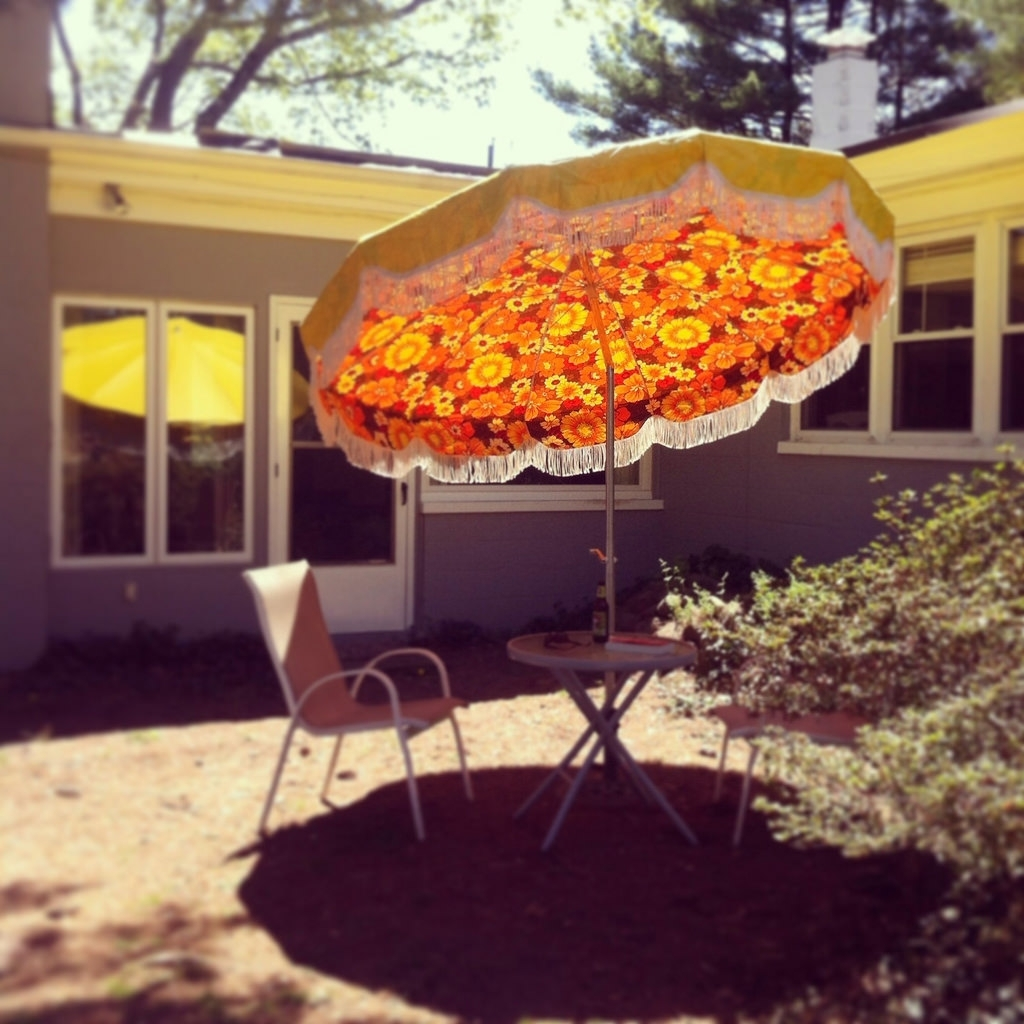 Vintage Patio Umbrellas For Sale Within Favorite Vintage Patio Umbrella 34 Best Umbrellas Images On – Mc Carthy (View 10 of 20)