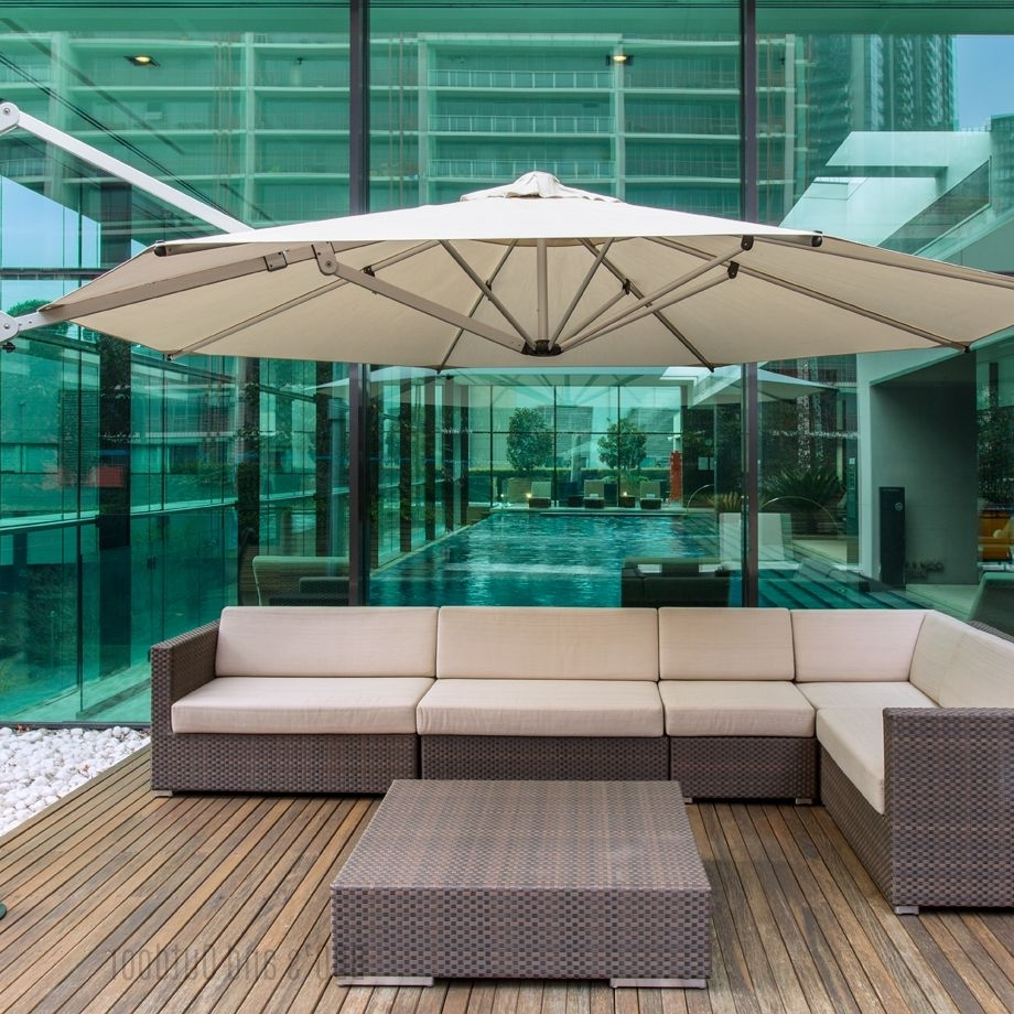 Well Known Eclipse Patio Umbrellas Pertaining To Eclipse 4m Octagonal Umbrella (View 13 of 20)