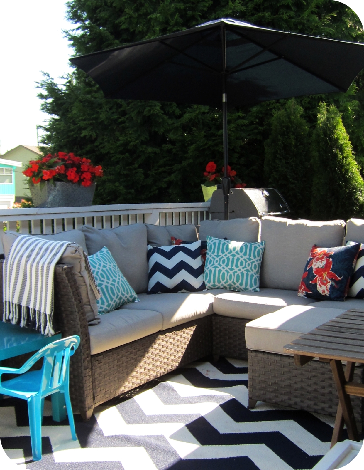 Well Known Target Patio Umbrellas Regarding Garden: Enchanting Outdoor Patio Decor Ideas With Patio Umbrellas (View 19 of 20)