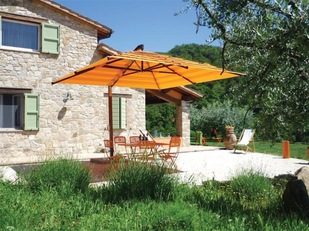 Well Known Yellow Sunbrella Patio Umbrellas Intended For Best Cantilever Patio Umbrellas — Everything Home Design (View 14 of 20)