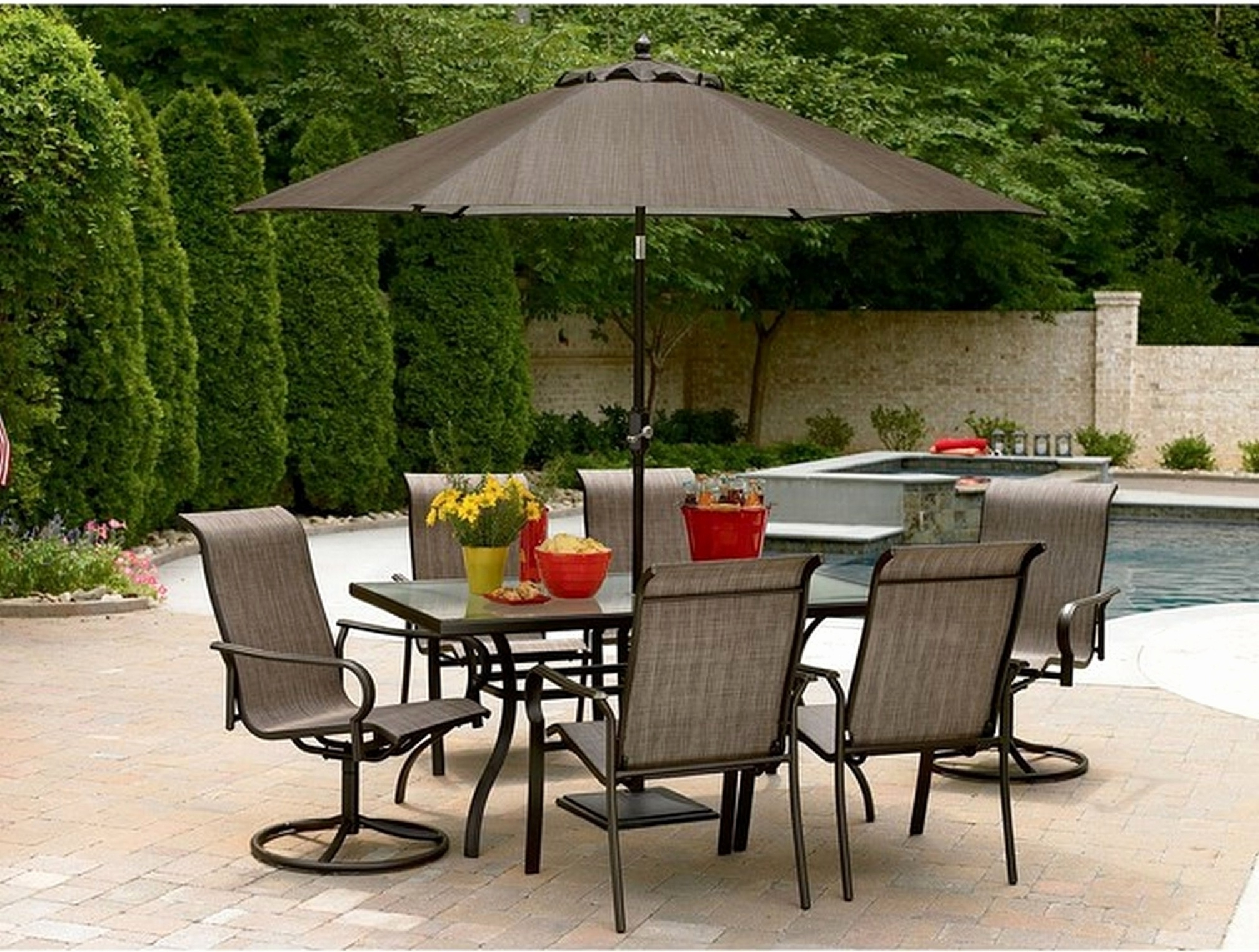 Well Liked Great Small Patio Tables With Umbrellas – Designsolutions Usa In Small Patio Tables With Umbrellas (View 20 of 20)
