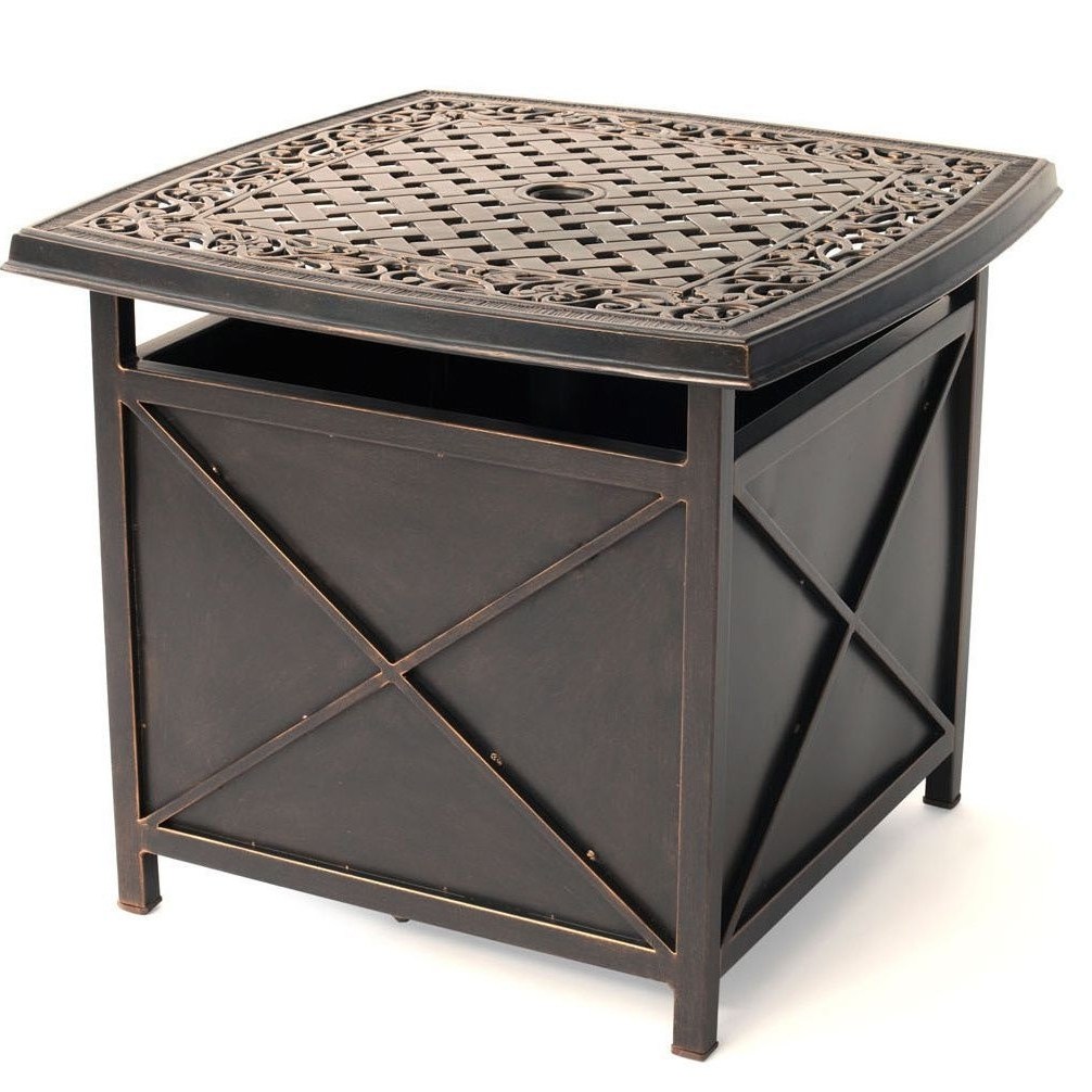 Widely Used Patio Umbrella Side Tables Within Hanover Outdoor Traditions Tradumbtbl Cast Top Side Table And (View 13 of 20)