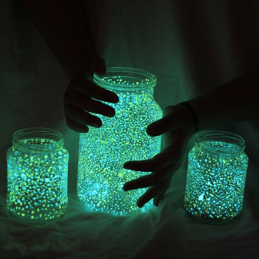 10 Ideas For Outdoor Mason Jar Lights To Add A Romantic Glow To Your Inside Most Popular Outdoor Jar Lanterns (Gallery 14 of 20)