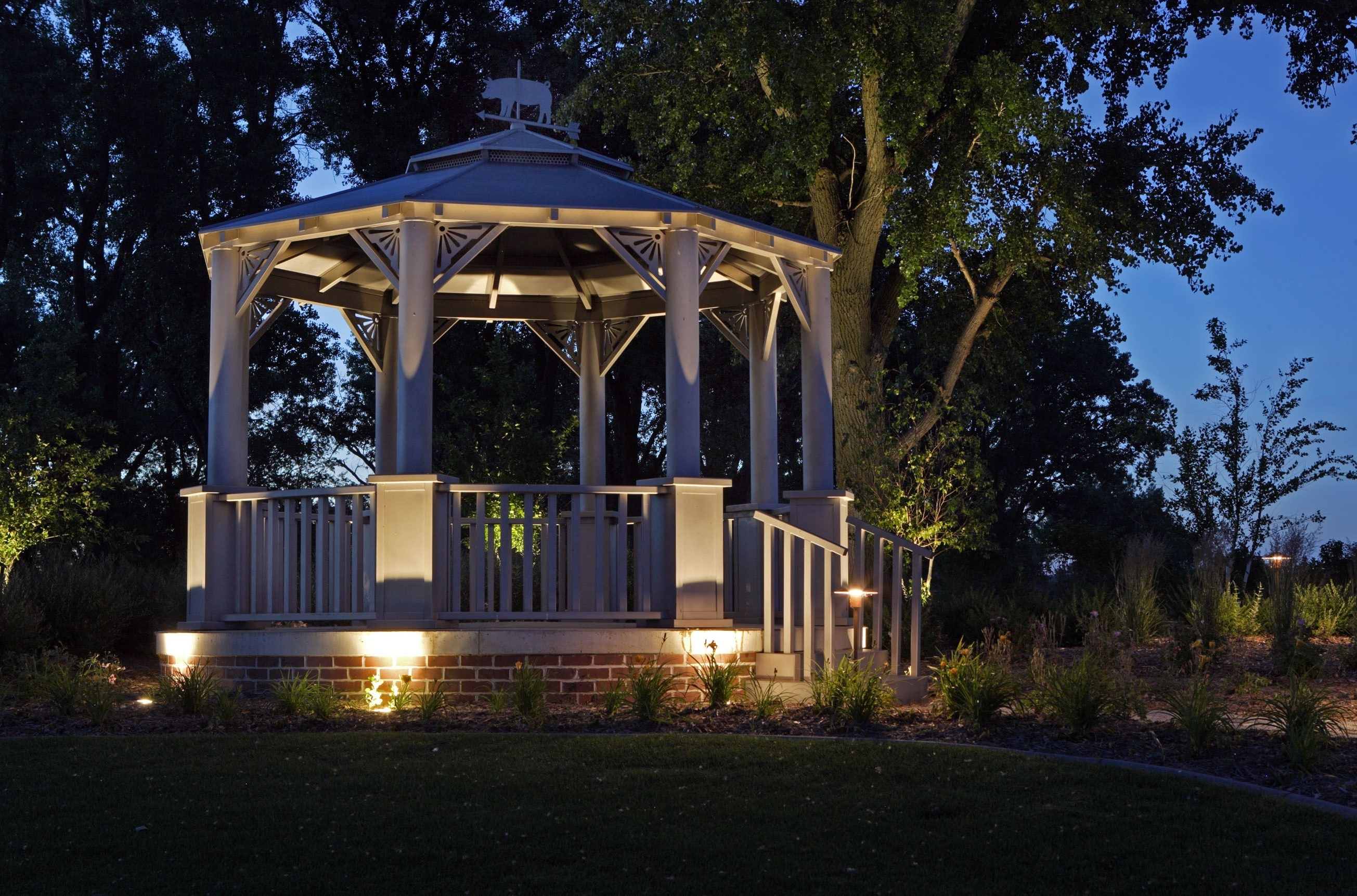 2019 Outdoor Gazebo Lanterns Pertaining To 43+ Gorgeous And Easy Diy Outdoor Lighting Ideas (View 14 of 20)