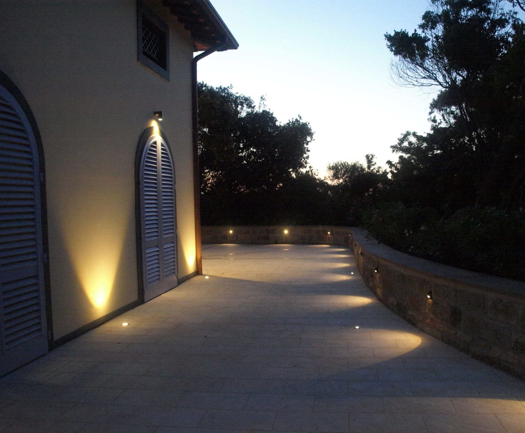Best And Newest Outdoor Ground Lanterns Inside Recessed Outdoor Lighting Ideas – Outdoor Lighting Ideas (View 4 of 20)