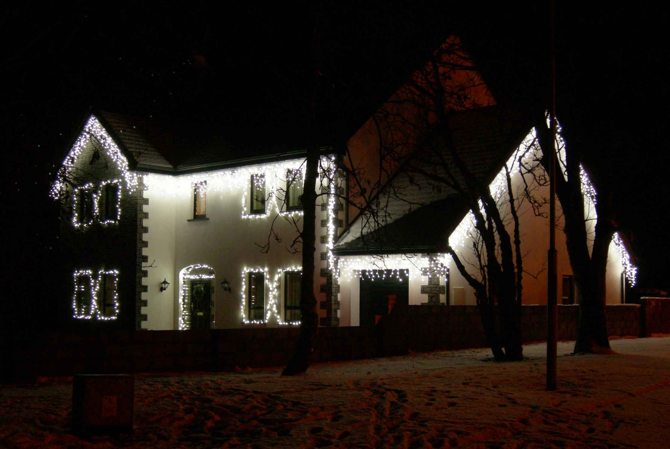 Christmas House Lighting Ideas (View 4 of 20)