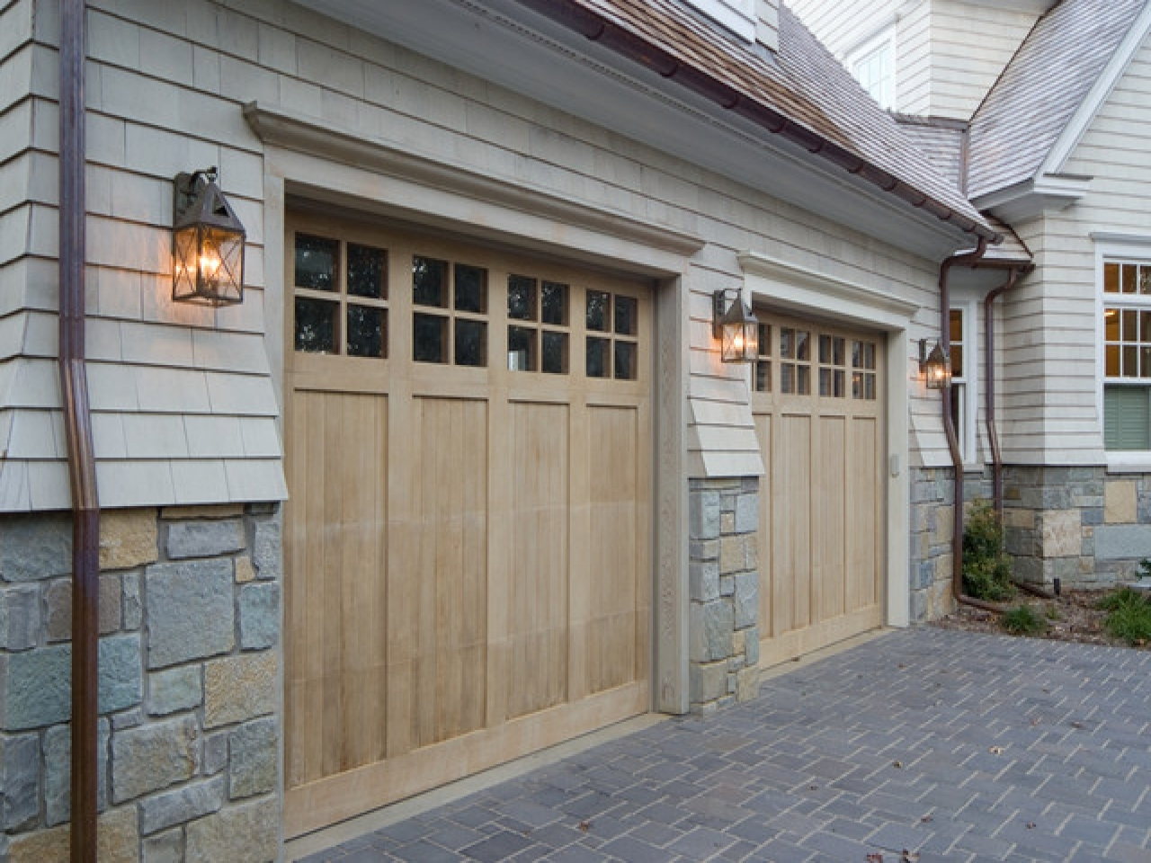 Current 40 Outdoor Lights For Garage Door, Farmhouse Dream Comes True For Regarding Outdoor Lanterns For Garage (Gallery 1 of 20)