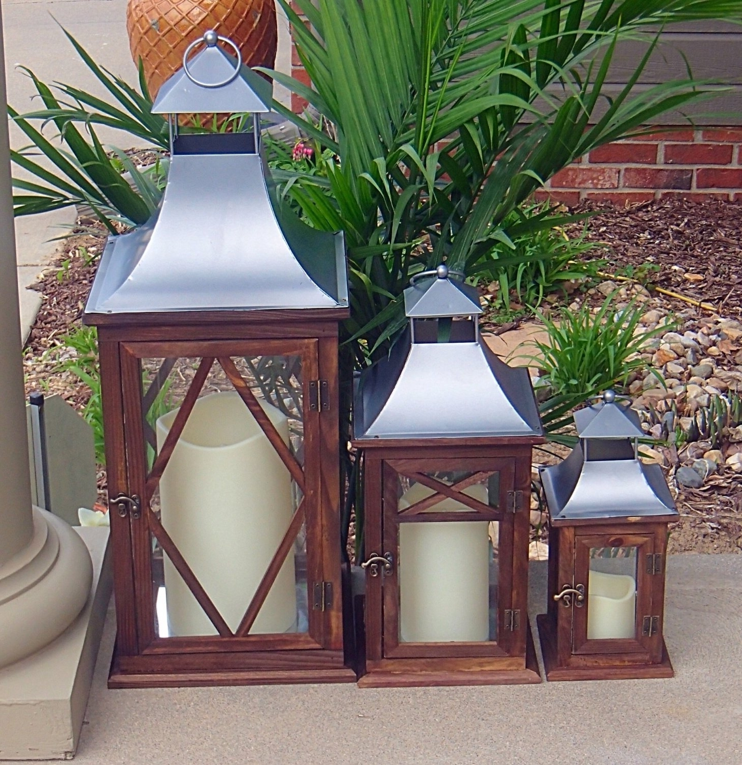 Exclusive Indoor Or Outdoor Set Of 3 Lombard Patio Lanterns Within Most Popular Set Of 3 Outdoor Lanterns (View 7 of 20)
