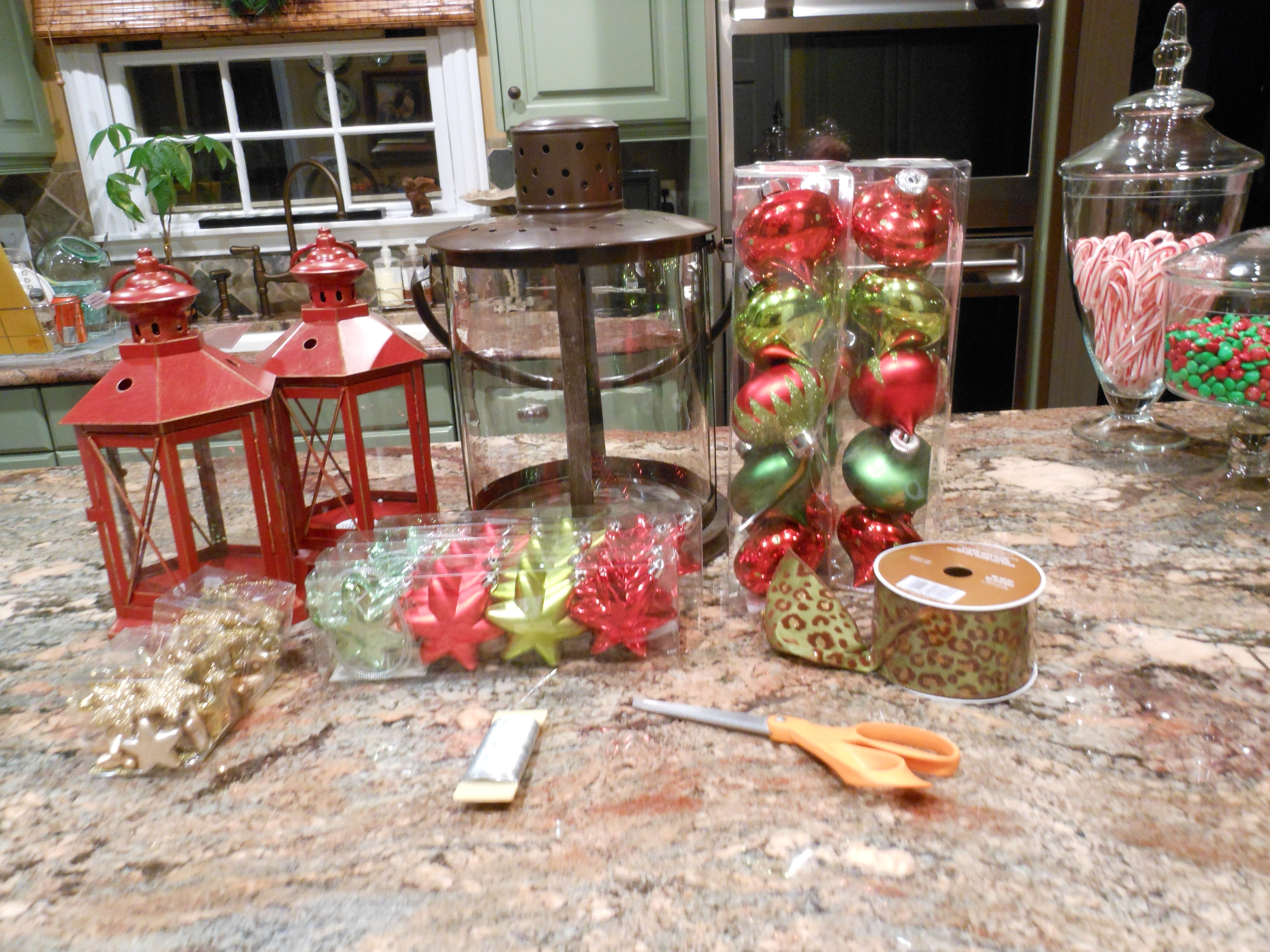 Famous Beautiful Christmas Urns And Outdoor Decor…… (View 6 of 20)