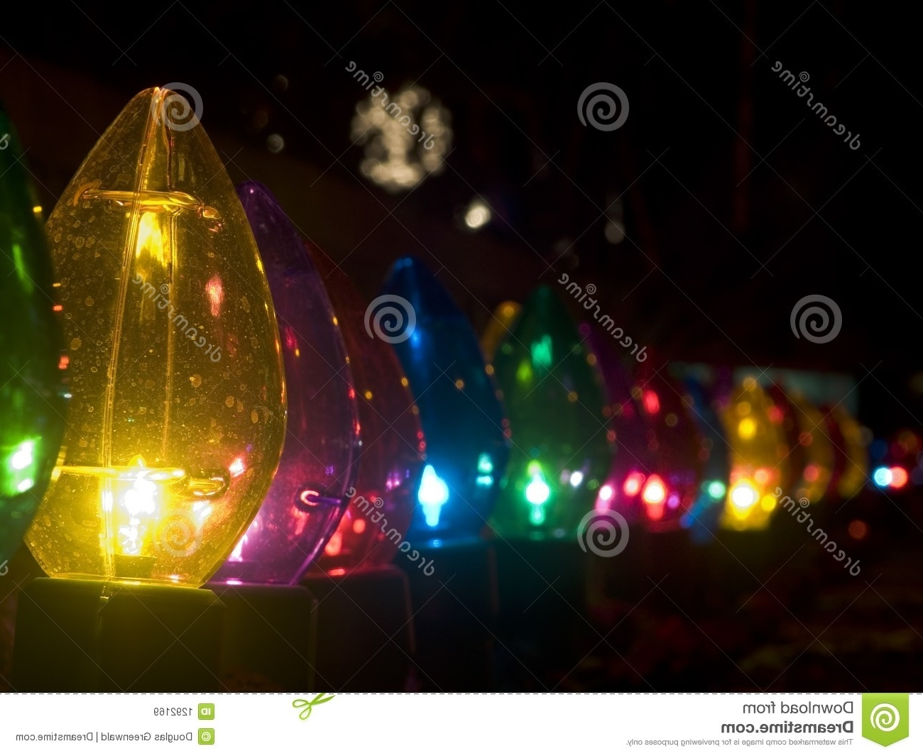 Famous Large Christmas Outdoor Lights (View 16 of 20)