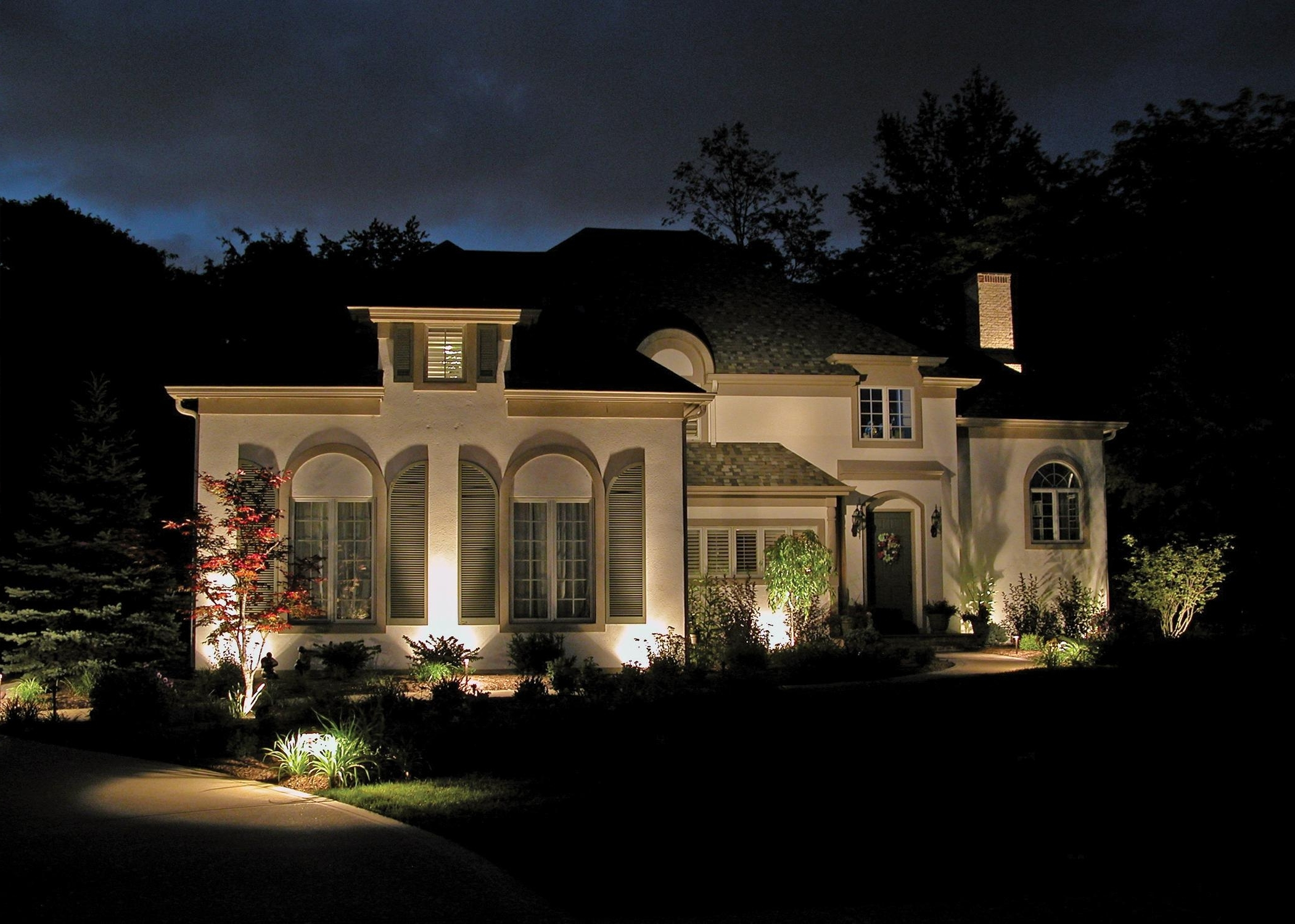 Famous Outdoor Lights For House: 17 Extraordinary Outdoor House Lights With Outdoor Lanterns For House (View 2 of 20)