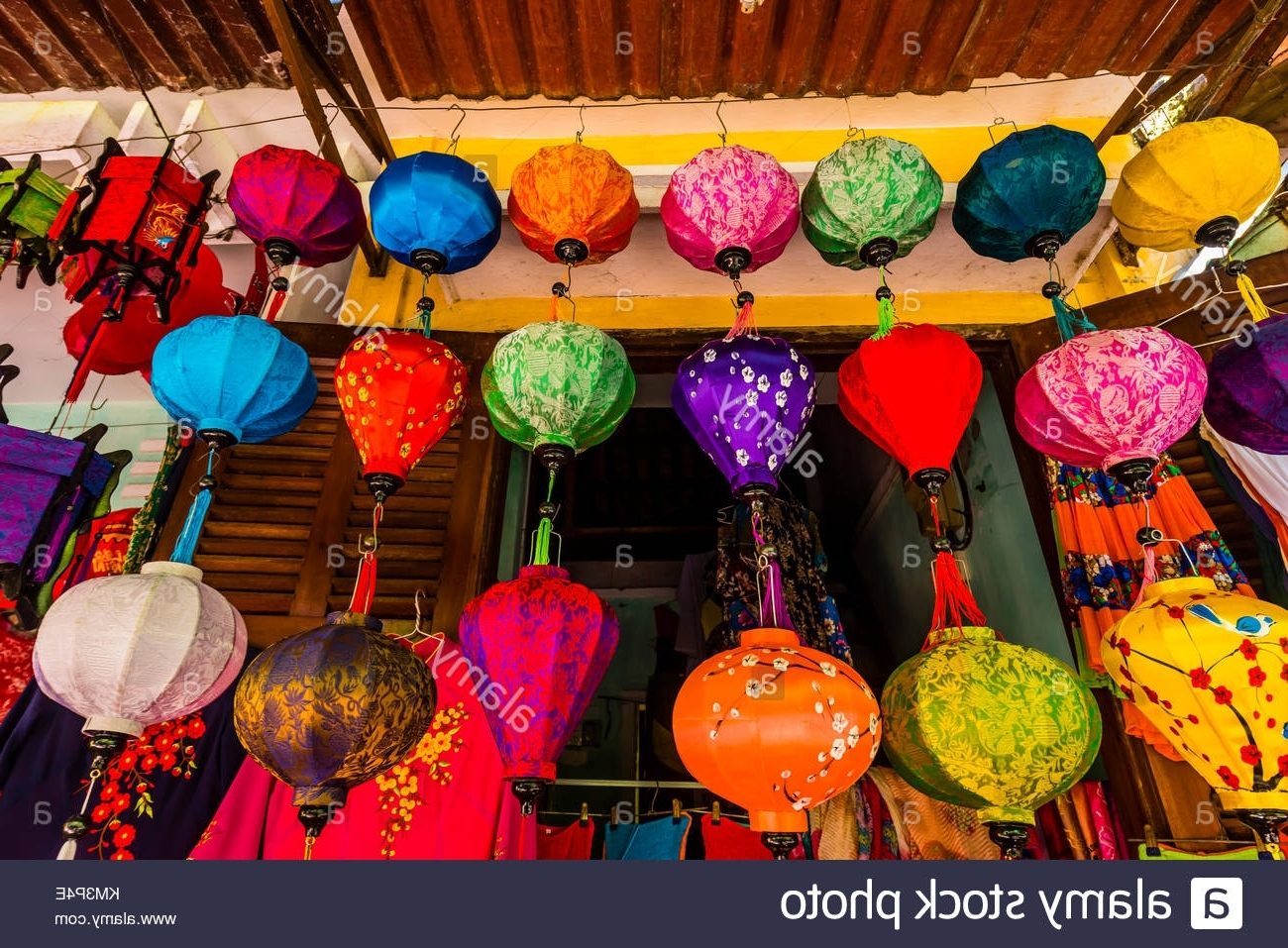Fashionable Shop Hoi An Stock Photos & Shop Hoi An Stock Images – Alamy Intended For Outdoor Vietnamese Lanterns (View 17 of 20)