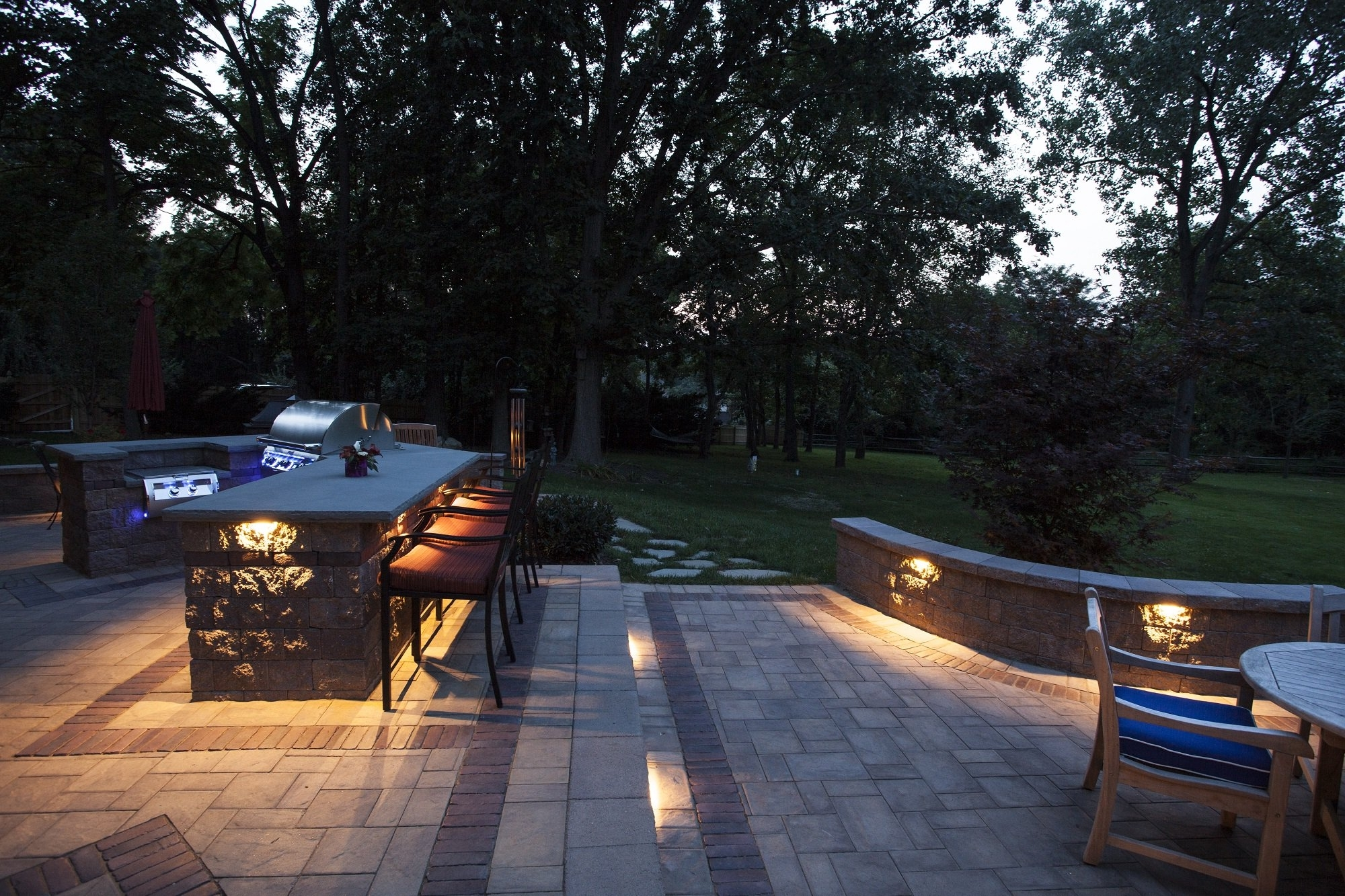 Favorite Outdoor Landscape Lanterns For Outdoor Landscape Lighting Design Installation Residential Flood (View 4 of 20)