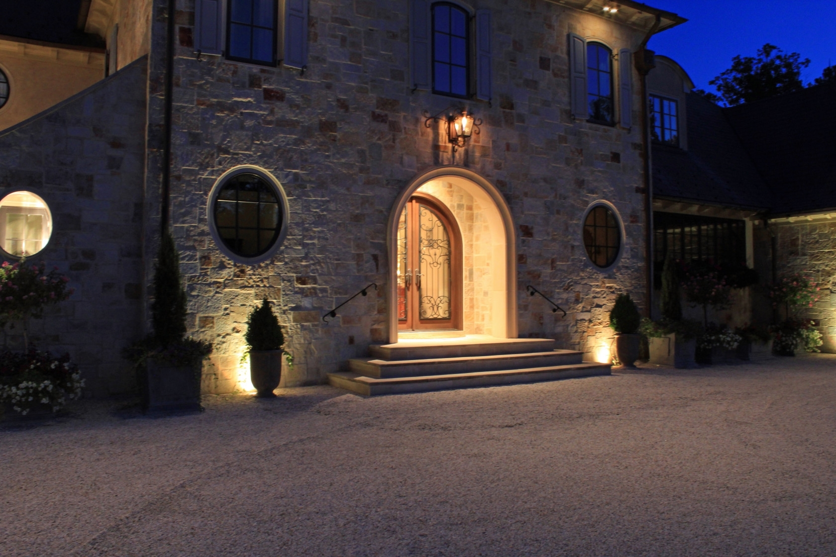 Inaray Design Group Within Most Current Outdoor Entrance Lanterns (View 8 of 20)