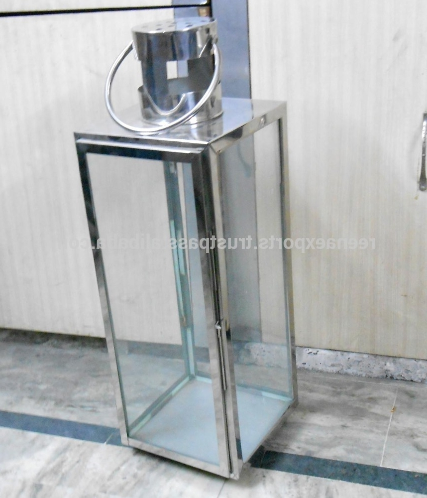 Latest Stainless Steel Outdoor Large Clear Glass Hurricane Lantern / Steel Inside Outdoor Hurricane Lanterns (View 12 of 20)